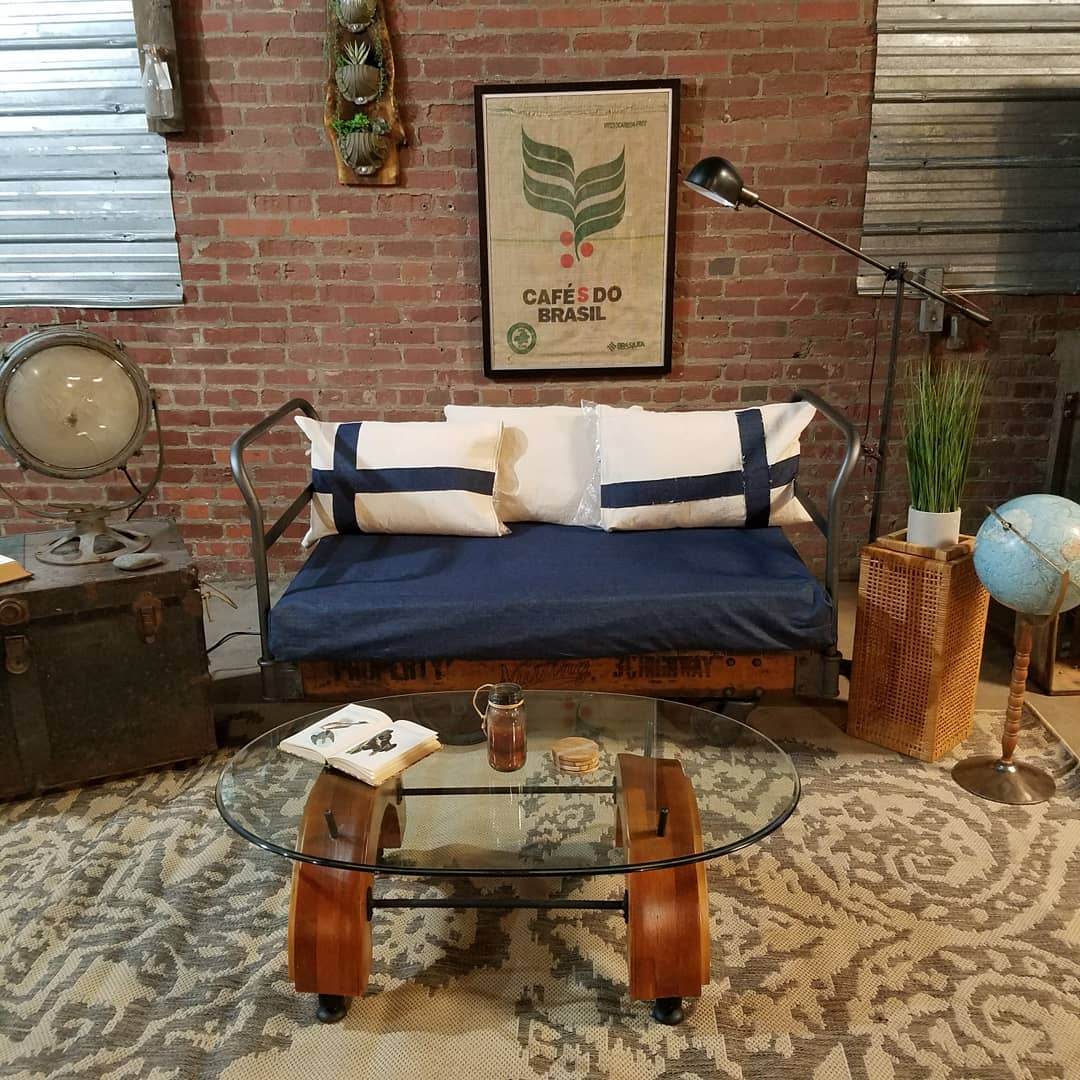 You Ll Find Reclaimed Re Purposed Vintage And Antique Farmhouse Decor Furniture At Urban Loft